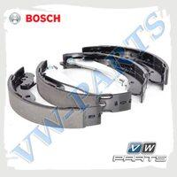 Колодки тормозные барабанные задние Bosch 0986487555