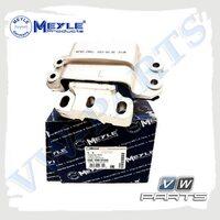 Подушка двигателя левая MEYLE 1001990150