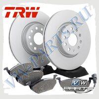 Комплект передних тормозных дисков с колодками TRW