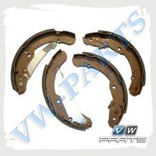 Колодки тормозные барабанные задние VAG 1J0698525B