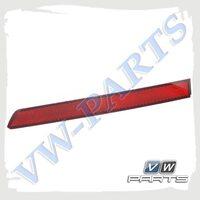 Светоотражатель заднего бампера правый VAG 5NA945106A