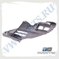 Кронштейн переднего бампера правый VAG 5K0807228A