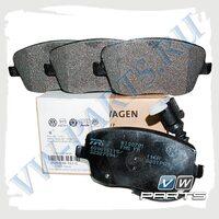 Колодки тормозные передние VAG 6Q0698151C