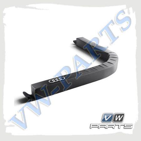 Универсальный гибкий разделитель багажного отсека Audi, 8U0017238