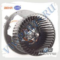 Мотор печки Behr-Hella 8EW351043-221
