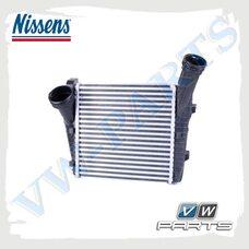 Охладитель наддува воздуха интеркулер правый NISSENS 96611