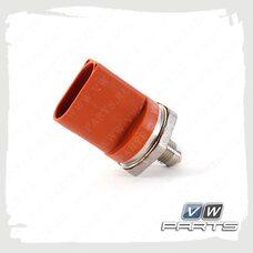 Датчик давления топлива VAG 06J906051D