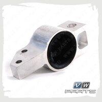 Сайлентблок переднего рычага задний правый VAG 1K0199232J