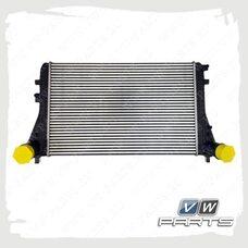 Интеркулер VAG 3C0145805AM