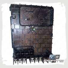 Блок предохранителя моторного отсека VAG 3C0937125A