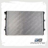 Радиатор охлаждения двигателя VAG 5N0121253N